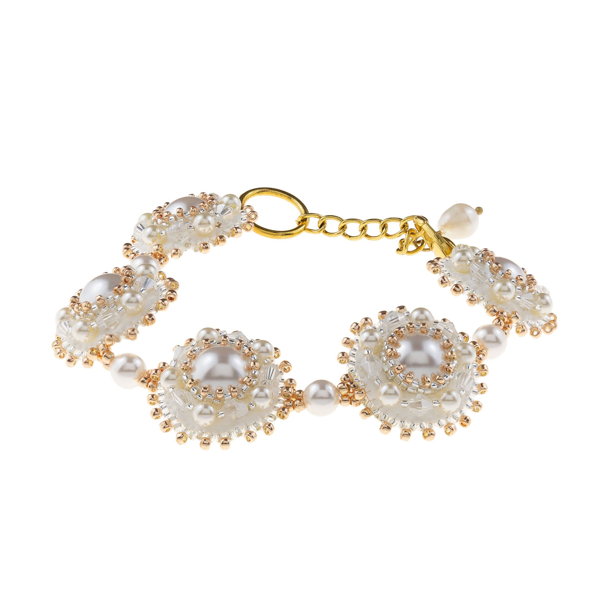 Touch of Luxury | Handmade Jewellery Art Avenue | One-of-a-kind bracelet with Swarovski crystals and pearls